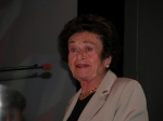 Gerda Weissman Klein speaks at a citizenship swearing-in, Mar. 23, 2009, Phoenix, Ariz.