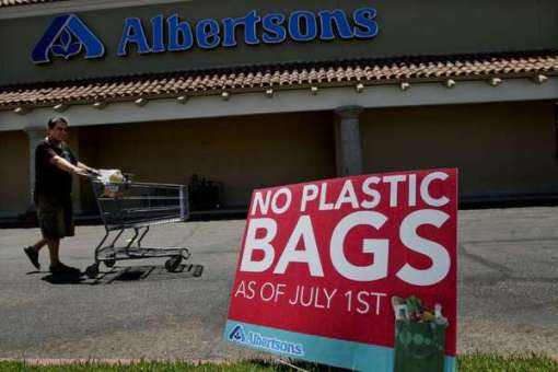 A plastic bag ban has been proposed in Califormia. How would the idea float in Arizona?