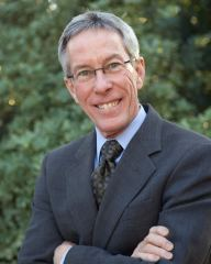 UA Law Professor Robert Glennon