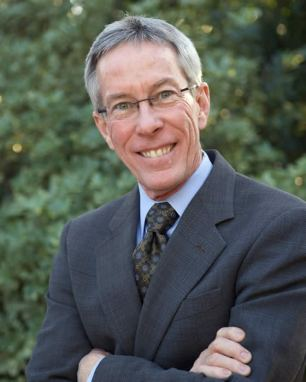 UA Law Professor Robert Glennon