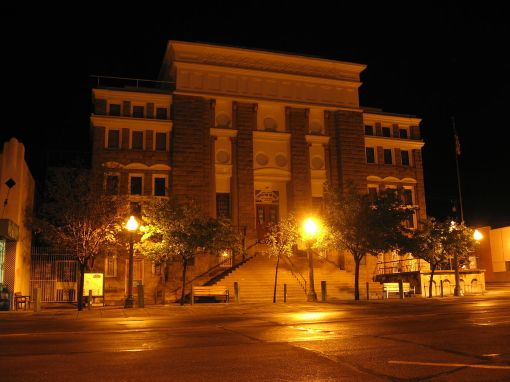 Gila County, Ariz., courthouse, by Ken Lund