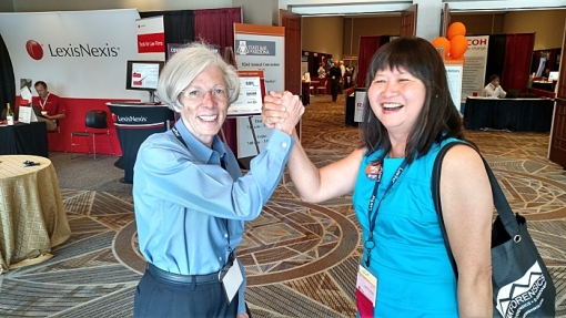 Hon. Patricia Norris and President-Elect Lisa Loo share a decisive moment, June 26, 2015, Phoenix, Ariz.